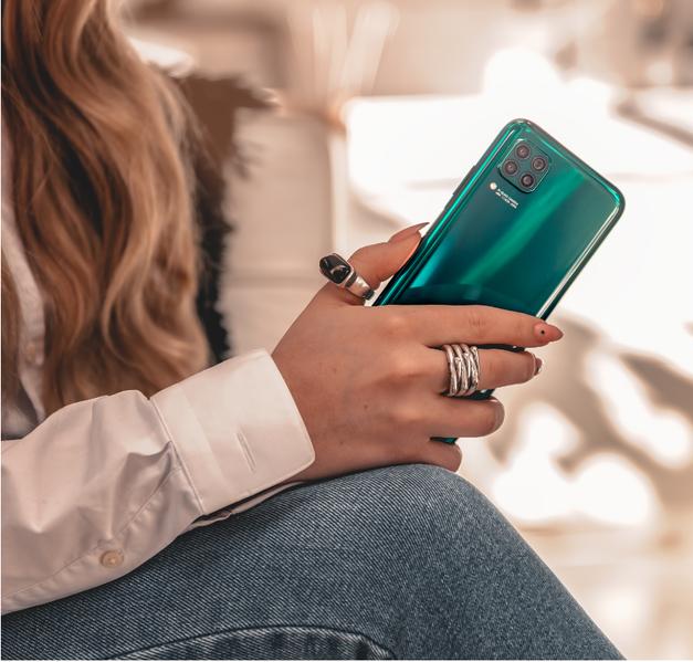 Poznaš 3 TOP lastnosti, ki jih mora imeti TVOJ telefon? (foto: promocijski material)