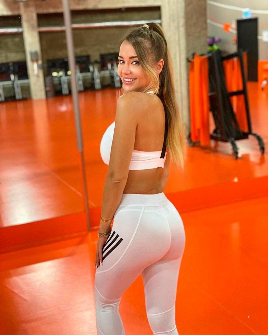 VIDEO: TO so vaje, ki jih fitnes trenerka dela za čvrsto in pokončno zadnjico (foto: Profimedia)
