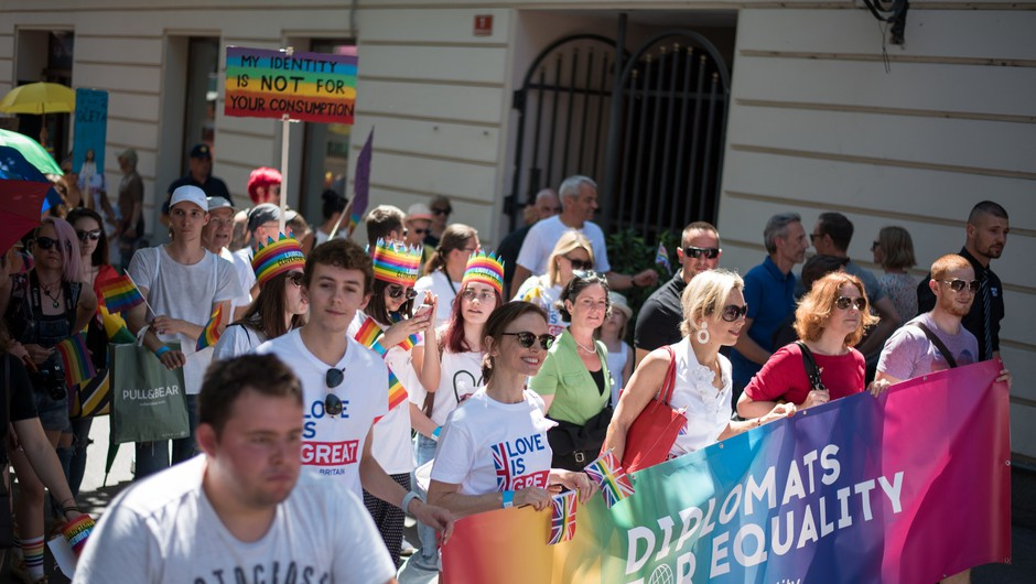 Predstavniki LGBTI+: Čaka nas še veliko dela pri doseganju enakosti