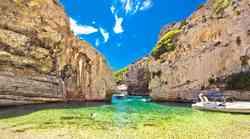 O, uau! TO je najlepša plaža na Jadranu (skrita oaza, v katero se boš zaljubila)