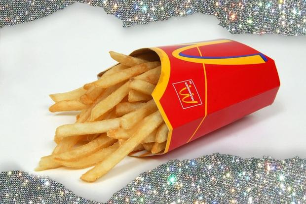 Če si redna obiskovalka McDonald's-a, potem si zagotovo že vsaj enkrat v svojem življenju McNaročilo podala iz udobja svojega avta …