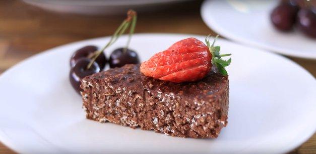 RECEPT: Božanska čokoladna torta iz 3 sestavin, ki je narejena v 10 min (brez PEKE) (foto: The Cooking Foodie | YouTube)