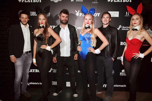 Se sprašuješ, kaj je to Aurora? Aurora je namreč nova online avdiovizualna galerija organizatorjev največjega elektronskega festivala v Sloveniji StellarBeat …