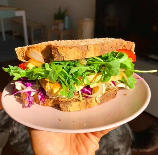 Slastno! Te 4 zdrave obroke pripraviš v le 5 minutah #OstajamDoma (foto: Instagramcom/vegan.lucas)