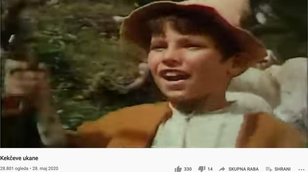 Med zimzelene filme, ki so za vedno zaznamovali otroštvo mnogih generacij slovenskih otrok, zagotovo spada tudi trilogija o pastirčku Kekcu in njegovih dogodivščinah!   Poglej, kako igralec, ki je Kekca upodobil v tretjem filmu z naslovom 'Kekčeve ukane', izgleda danes 👉 (foto: Youtube pnt screen)