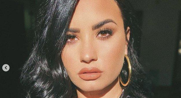Demi Lovato ima novo HUDO pričesko, in želela jo boš posnemati (ostrigla se je FUL!) (foto: Profimedia)