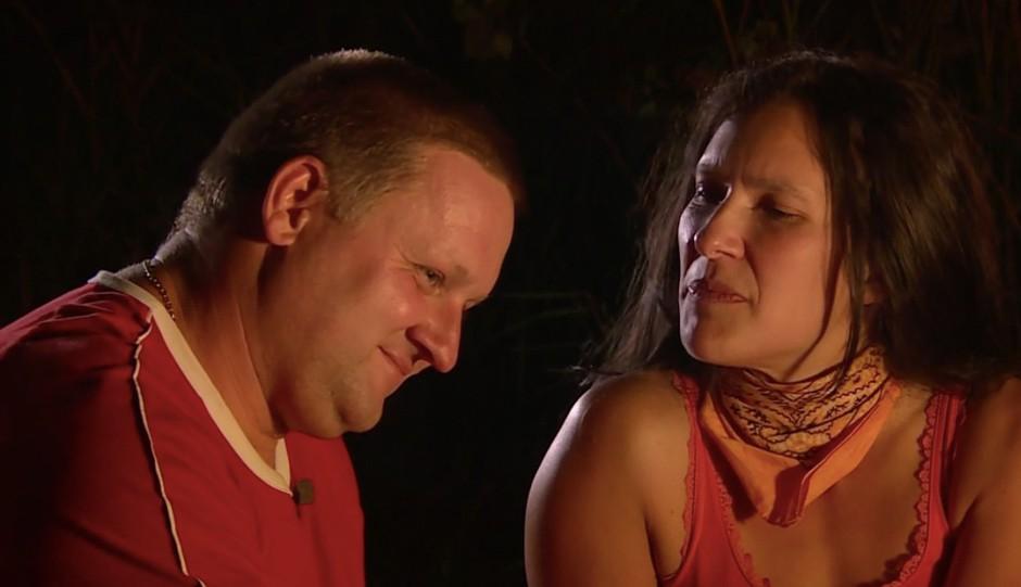 Znano je, kaj se je ponoči dogajalo med Janezom in Darjo v šotoru (priznala je Darja) (foto: POP TV)