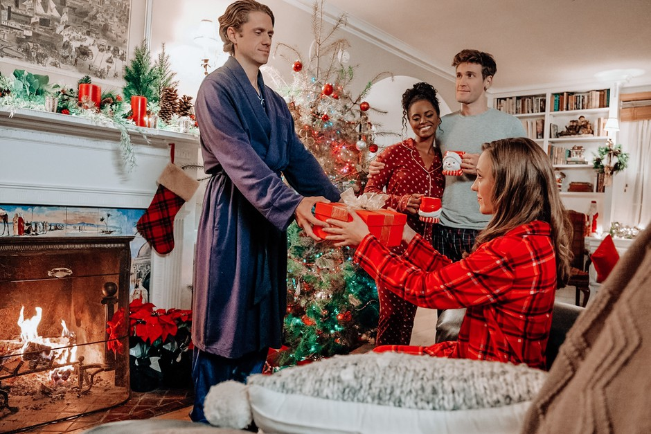 Bralke razkrivajo: 'To je 20 najbolj KATASTROFALNIH božičnih daril, kar so jih kdaj prejele' (foto: Profimedia)