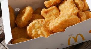 Ko so izvedeli, kako v McDonaldsu zares pripravljajo popularne nuggetse, niso bili navdušeni!