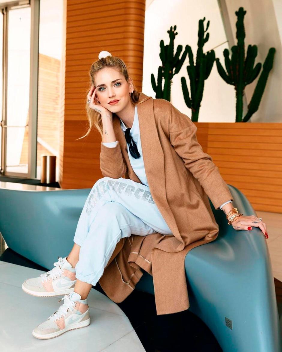TRENIRKA: Tako jih nosi Chiara Ferragni (+TRIKI, ki udobno spremenijo v modno) (foto: Profimedia)