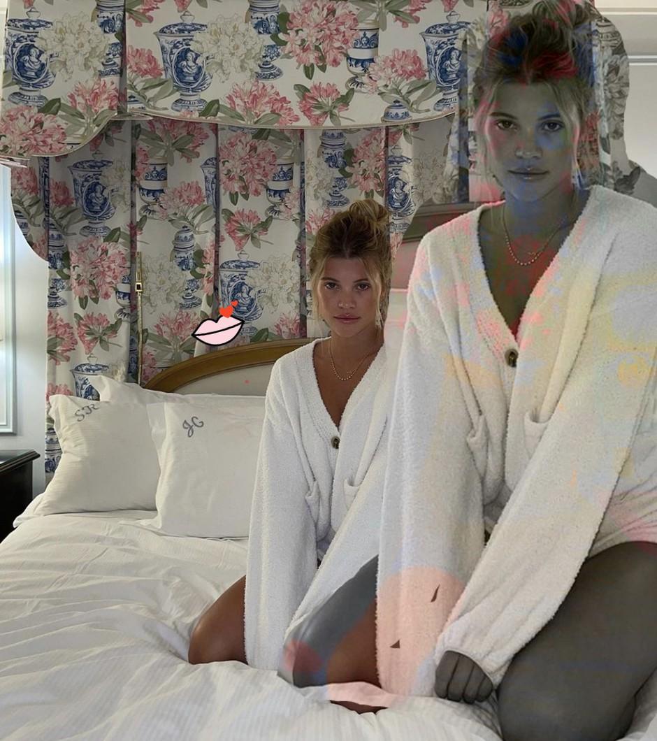 TAKŠNO pižamo v tem hipu obožujejo najbolj IN dekleta sveta (ker je reeeees *kjut*) (foto: Profimedia)