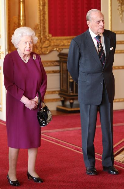 ... v gradu Windsor, kjer je zadnje leto preživela prav v družbi pokojnega Filipa. Ker je princ tam tudi pokopan, …