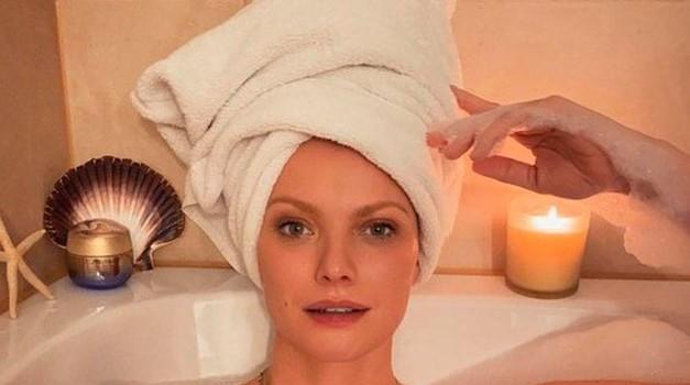 Občutljiva koža? Ta izdelek bo tvojo kožo očistil nežno, a učinkovito (foto: Profimedia)