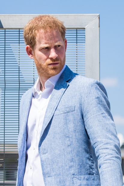 Princ Harry, ki je po pogrebu svojega dedka, princa Filipa, s svetlobno hitrostjo zapustil Veliko Britanijo, si po poročanjih sodeč …