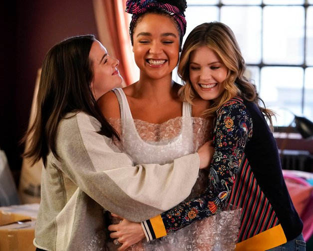 Gledaš 'The Bold Type'? Ne boš verjela, kaj je o seriji povedala ameriška urednica Cosma (foto: Profimedia)