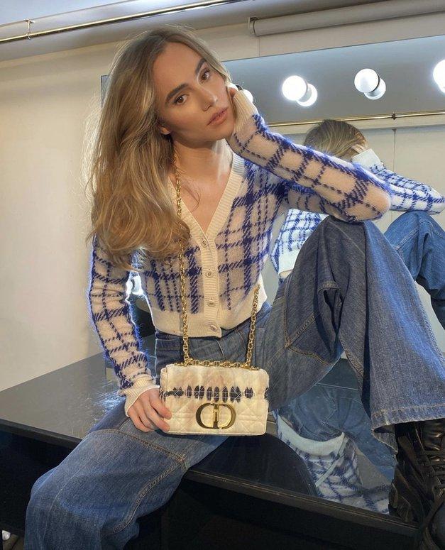 Modna urednica pravi: Če boš letos kupila le en par džinsa, naj bo to TA (ker bo noro IN) (foto: Profimedia)