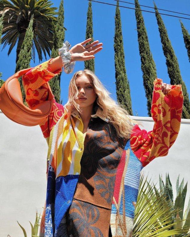 ZARA je poskrbela za TOP modno torbico letošnjega poletja (v vseh možnih barvah 😍) (foto: Profimedia)