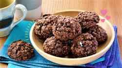 RECEPT: Božanski čokoladni piškoti BREZ slabe vesti (+ brez dodanega sladkorja in PEKE)