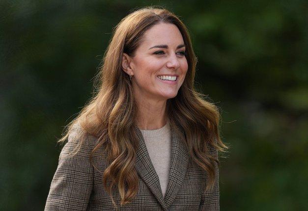Kate Middleton ZNOVA navdušila v obleki iz Zare (in popolna je za to jesen) (foto: Profimedia)